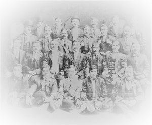 COPERTINA-Gruppo-di-emigrati-siciliani-nella-sezione-socialista-di-Brooklin-19101